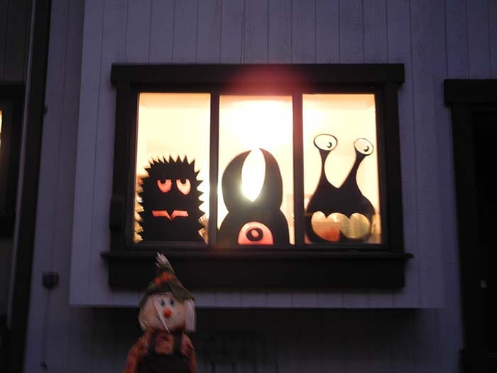 Window Monsters - DIY -Decor