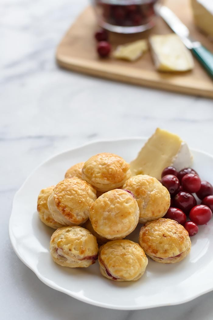 Pastry Day - Recipes - Cranberry Baked Brie puff pastry - Appliance City